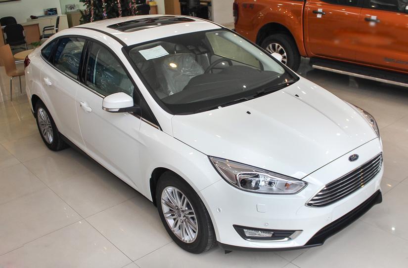Ford Focus 1.5L Ecoboost Titanium 4 cửa2