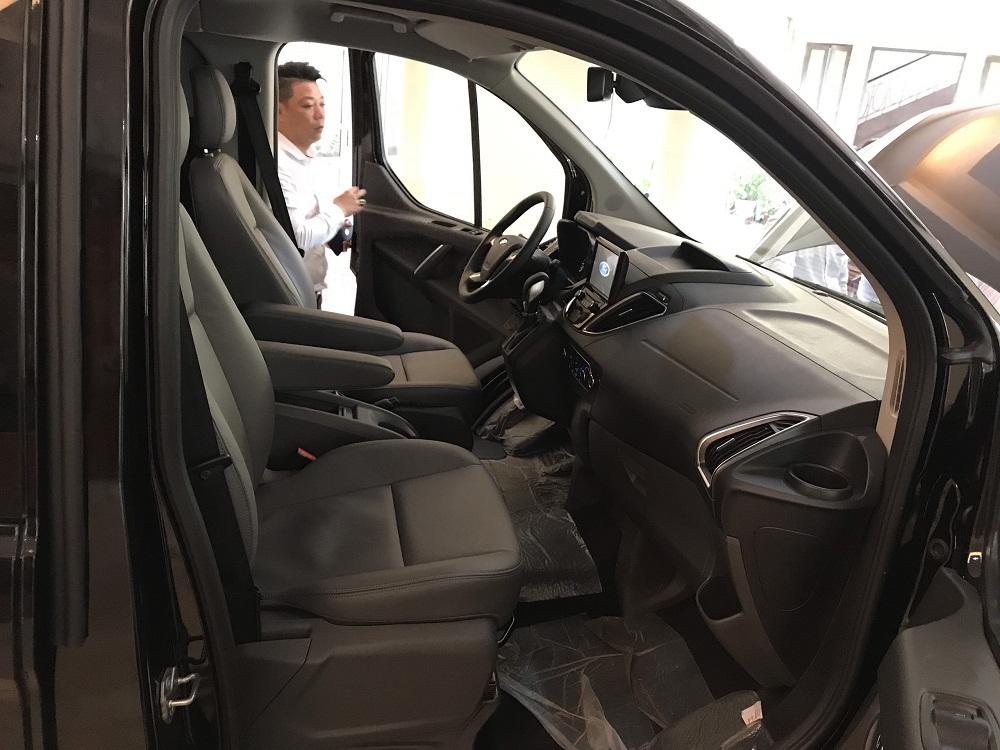 Ford Tourneo Titanium 2.0L Ecoboost5