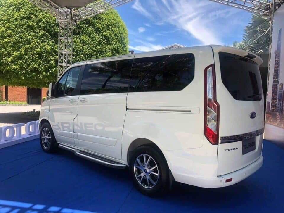 Ford Tourneo Titanium 2.0L Ecoboost3